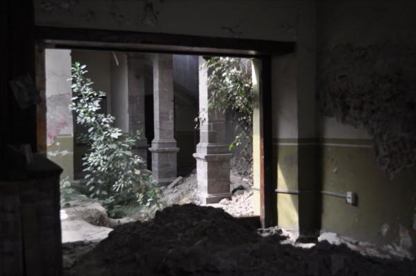 Edificio Abandonado III (2011), Foto de Martha Vivar Coyotl